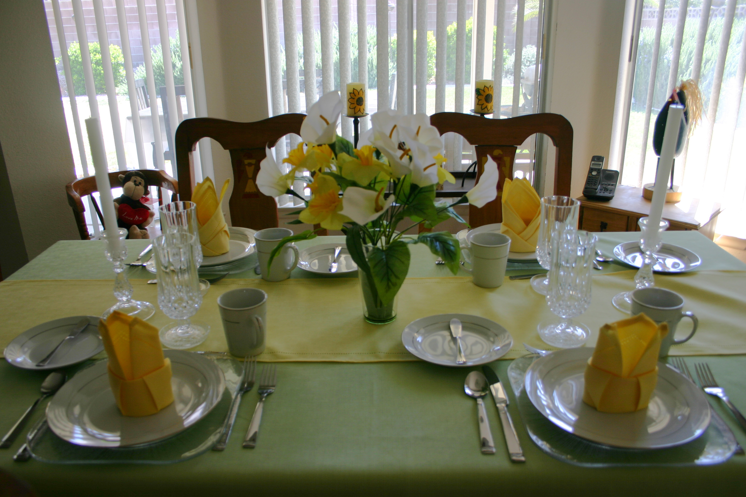 I\u0027ve been giving this subject a great deal of thought. When Kiddo was a few years younger (and the task of setting the table fell upon his shoulders) he ... : history of table setting - pezcame.com