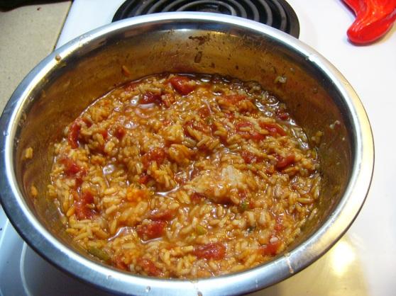 Spicy Chicken Thighs in Spanish Rice (2)