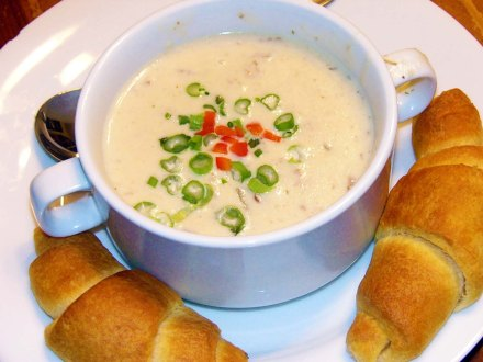 Creamy Potato & Bacon Soup (7)