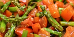 Tomato-and-Asparagus-Salad