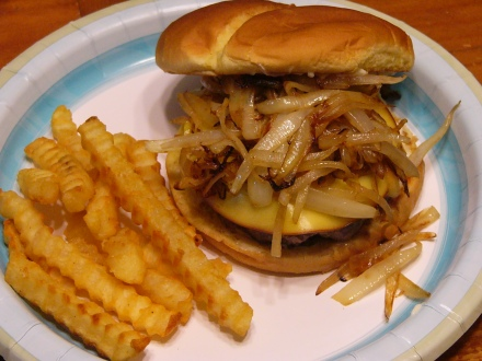 Gouda Cheese Burgers with Caramelized Onions (8)